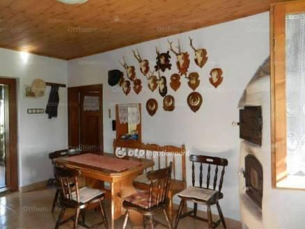 Eladó családi ház, Szigetvár, 1 szobás
