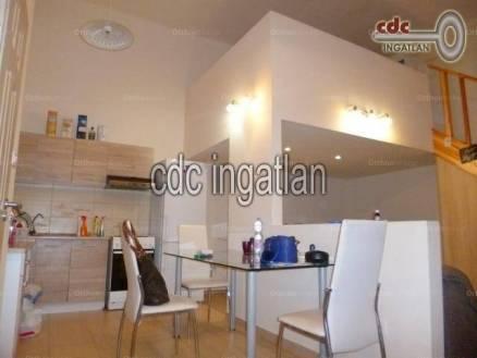 Eladó 1 szobás lakás Lipótvárosban, Budapest, Bank utca