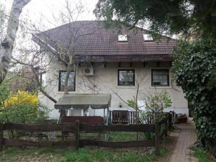 Családi ház eladó Mogyoród, 95 négyzetméteres