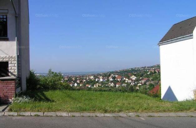 Pécs eladó telek