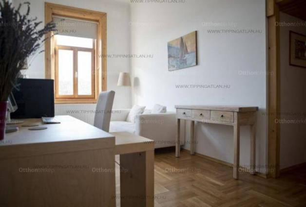 Eladó lakás Palotanegyedben, VIII. kerület Gyulai Pál utca, 3 szobás