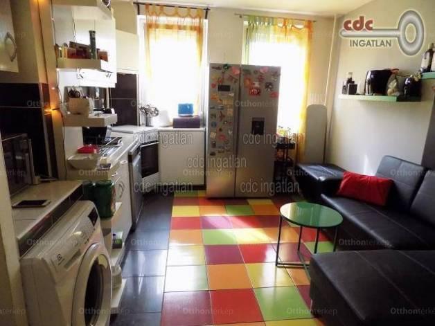 Budapest eladó lakás Csepel-Belvárosban a Kossuth Lajos utcában, 53 négyzetméteres