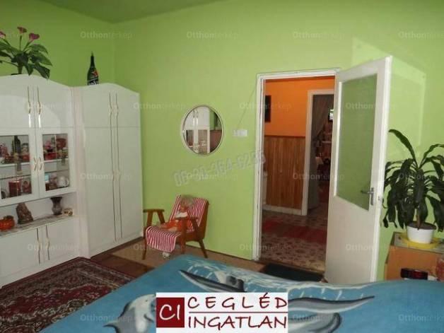 Eladó családi ház Csemő az Ady Endre utcában, 3 szobás