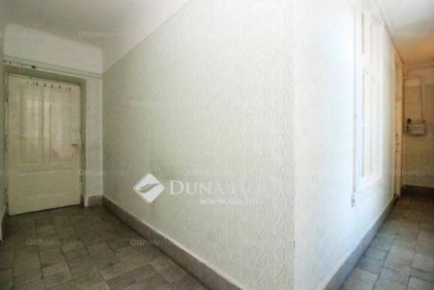Eladó 1+1 szobás lakás Belvárosban, Budapest, Haris köz