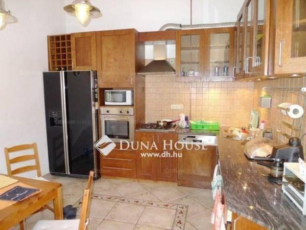 Eladó 2 szobás lakás Erzsébetvárosban, Budapest, Kazinczy utca