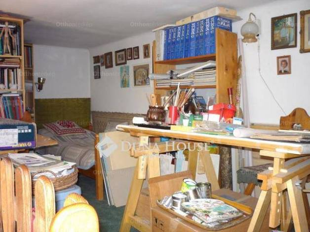 Eladó 2 szobás lakás Tisztviselőtelepen, Budapest, Delej utca