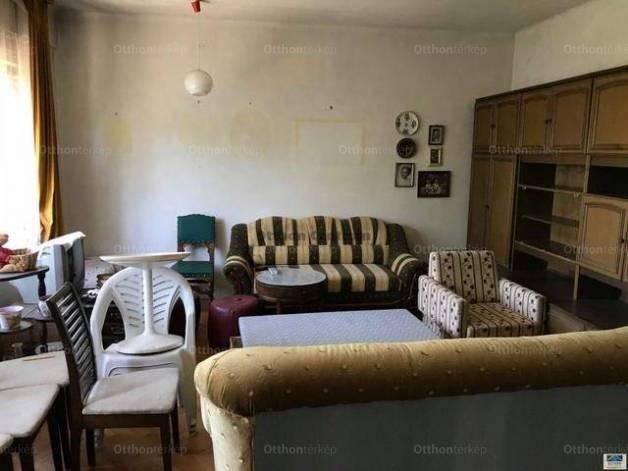 Eladó lakás Vérhalmon, II. kerület Tövis utca, 2+2 szobás
