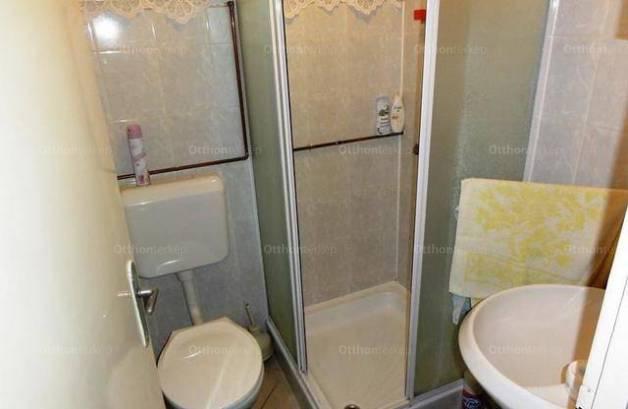Eladó 1+1 szobás nyaraló Lakitelek