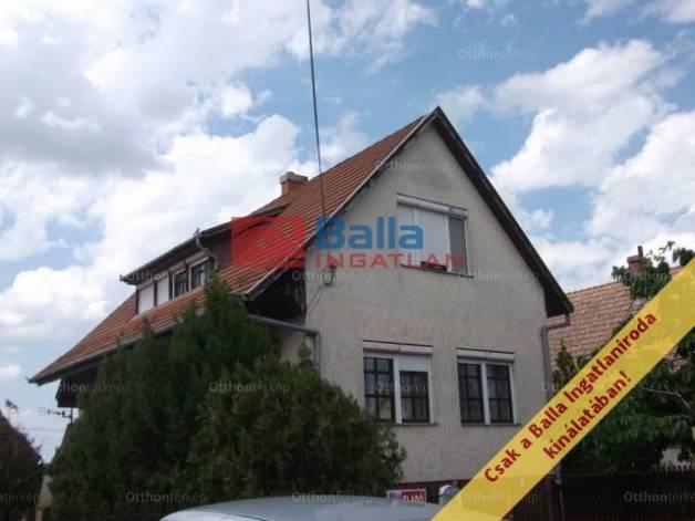 Eladó ház Tiszakécske, Kuruc utca, 4 szobás
