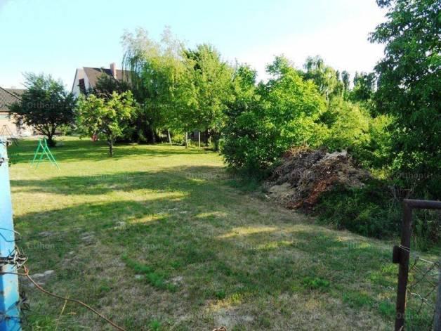Eladó telek Székesfehérvár, Budai út
