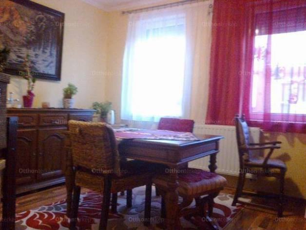Vértesacsai családi ház eladó, 45 négyzetméteres