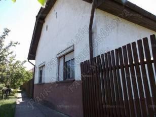 Családi ház eladó Mártély, a Fő utcában, 140 négyzetméteres