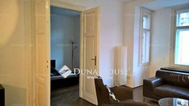 Eladó lakás Vízivárosban, II. kerület Jurányi utca, 2+1 szobás