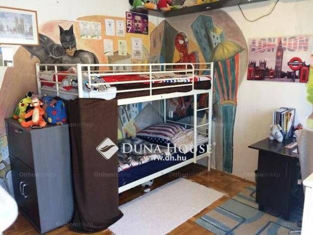 Dunakeszi lakás eladó a Tábor utcában, 76 négyzetméteres