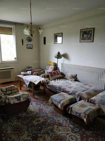 Eladó lakás Megyeren, IV. kerület Bródy Imre utca, 2 szobás