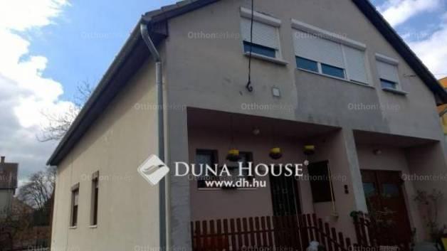 Ház eladó Monor, a József Attila utcában, 200 négyzetméteres