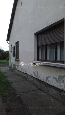 Eladó ház Gyömrő a Rudolf utcában, 3 szobás