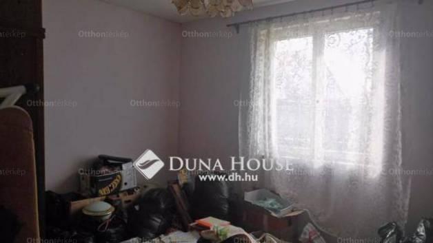 Monori ház eladó a Táncsics Mihály utcában, 50 négyzetméteres