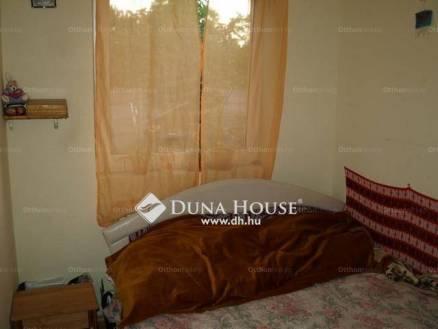 Eladó lakás Gyömrő a Wekerle utcában, 2+1 szobás