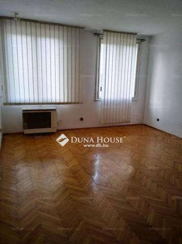 Eladó 1 szobás lakás Óhegyen, Budapest, Román utca