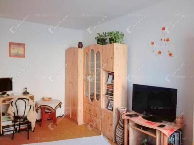Lakás eladó Szeged, 35 négyzetméteres