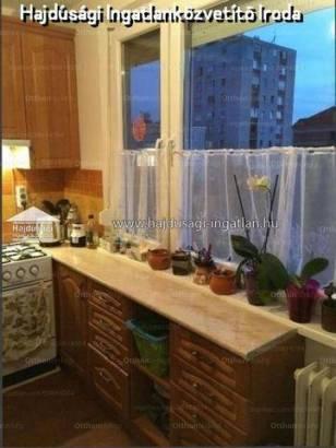 Debrecen 1+2 szobás lakás eladó a Kandia utcában