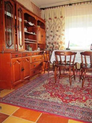 Egerbakta családi ház eladó, 6 szobás