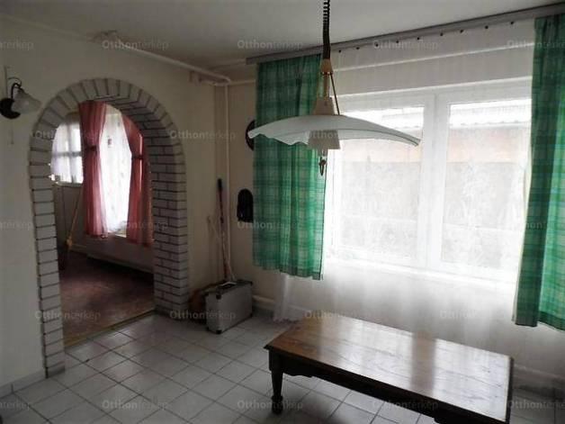 Családi ház eladó Székesfehérvár, 170 négyzetméteres