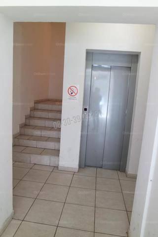 Eladó 1+1 szobás lakás Törökőrön, Budapest, Besnyői utca