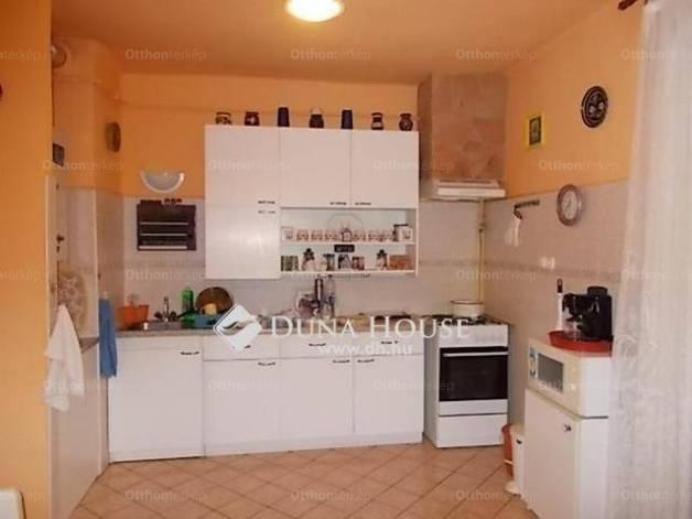 Gyöngyös 2 szobás lakás eladó