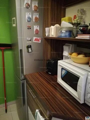 Eladó lakás, Pécel, 1+1 szobás