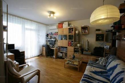 Eladó lakás Újpesten, 2+1 szobás