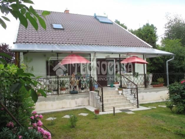Eladó 5+2 szobás ház Rákoscsaba-Újtelepen, Budapest, Rácsos utca