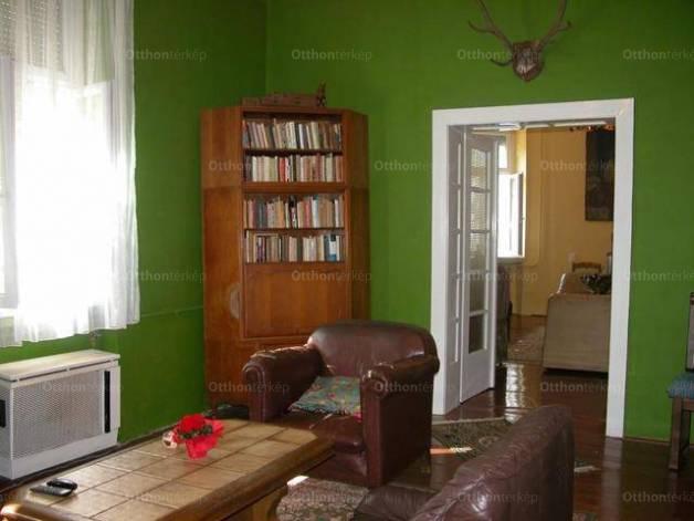 Szentes házrész eladó, 3 szobás