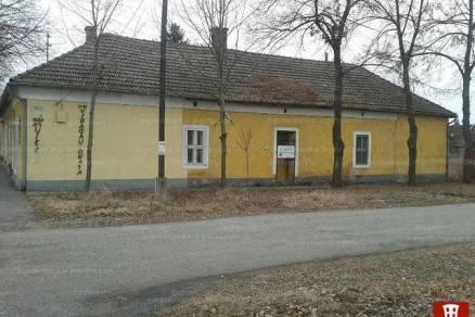 Csongrád családi ház eladó, 5 szobás