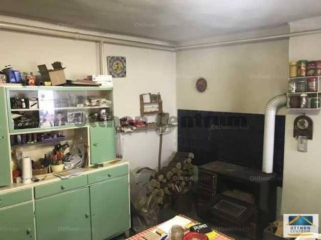 Eladó 3 szobás családi ház Ősi