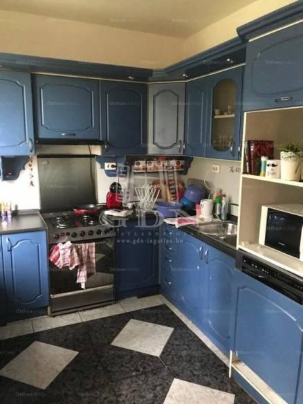 Eladó családi ház, Taksony, 5 szobás