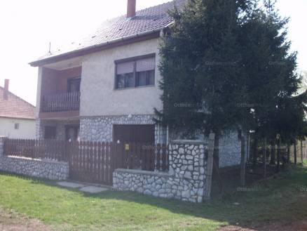 Ház eladó Mezőcsát - Erkel Ferenc utca, 160 négyzetméteres
