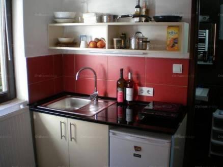 Pécsi eladó családi ház, 3+1 szobás, 120 négyzetméteres