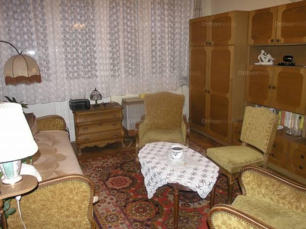 Budapesti lakás eladó, Széphalmon, 2 szobás
