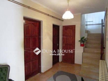 Családi ház eladó Pécel, 161 négyzetméteres
