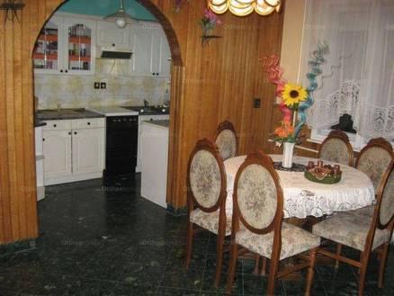 Eladó 7 szobás családi ház Zalaegerszeg