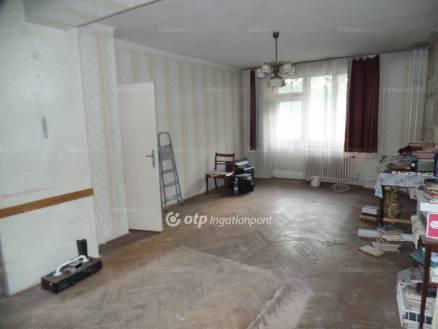Eladó lakás Miskolc, Kőrösi Csoma Sándor utca, 1+1 szobás