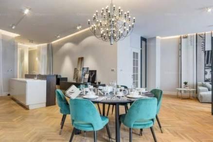 Kiadó 3 szobás lakás Belvárosban, Budapest, Kristóf tér