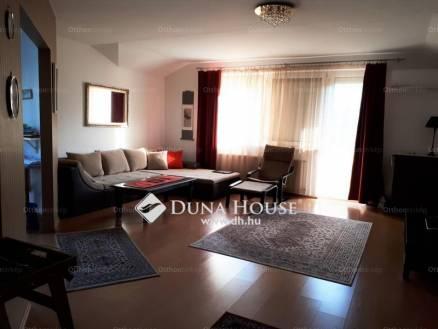 Eladó lakás Székesfehérvár, Álmos vezér utca, 2+2 szobás