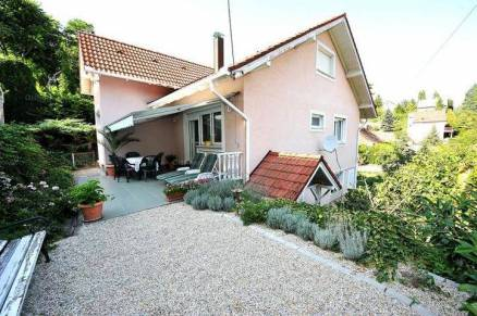 Pécs eladó családi ház