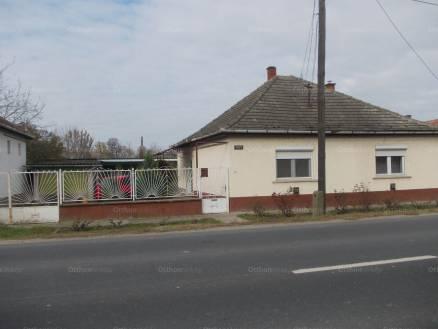 Dunapataj eladó családi ház a Kalocsai úton