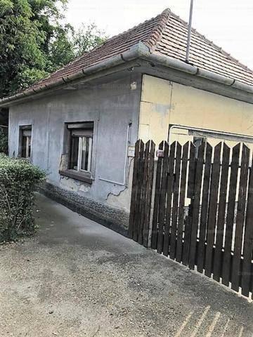 Dunaharaszti 2+2 szobás családi ház eladó