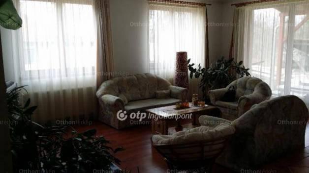 Családi ház eladó Onga, 168 négyzetméteres