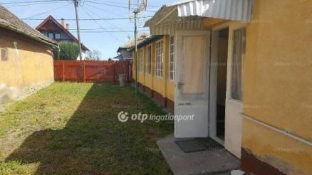 Családi ház eladó Törökszentmiklós, 91 négyzetméteres